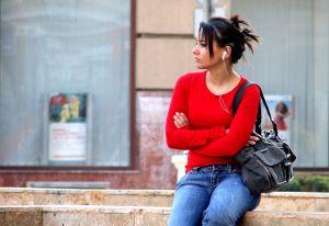 A menstruáció késleltetésének lehetnek mellékhatásai?